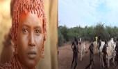 بالصور.. طقوس غريبة لقبائل إثيوبية تمتلك أقوى نساء العالم