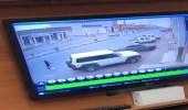 بالفيديو.. قائد سيارة يسعف طفلا بعدما صدمه في أحد شوارع طريف