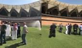 """فريق المصارعة """" WWE """" يتفقد استاد مدينة الملك عبدالله الرياضية"""