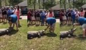 """بالفيديو.. زوجان يكشفان عن نوع المولود من خلال """" تمساح """""""