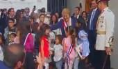 بالفيديو.. الشعب التشيلي يودع رئيسته بطريقة مؤثرة