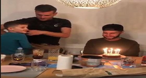 بالفيديو.. مقلب قاسي في شاب لحظة أحتفاله بعيد ميلاده