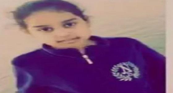 رسالة مؤثرة من طفلة باكية إلى أولياء دم للصفح عن والدها