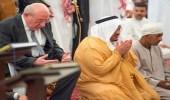 بالصور.. نائب أمير الرياض يؤدي صلاة الميت على الشهيد عبدالمطلب أحمد