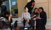 بالصور.. فتيات يدرسن السينما بجدة ويحلمن بدور العرض