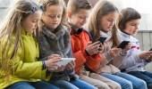 3 علامات تدل على إدمان طفلك للشبكات الاجتماعية