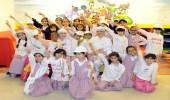 طالبات المدرسة 71 للبنات يزرن الأطفال المنومين في مستشفى الملك خالد الجامعي