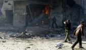 قافلة إغاثية تنتظر خارج الغوطة