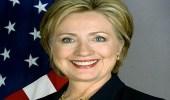 بالفيديو.. هيلاري كلينتون تتعرض لموقف محرج في الهند