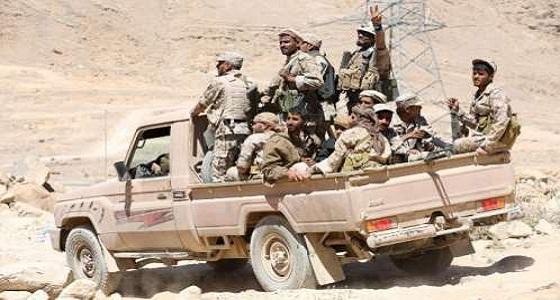الجيش اليمني يسيطر على أعلى قمة في سلسلة جبال المنصاع