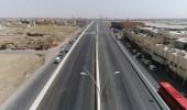 بالصور.. فتح الحركة المرورية على جسر تقاطع الحائر مع عرفات