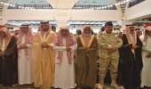 وزير الحرس الوطني يؤدي صلاة الميت على أمير الفوج الـ 38
