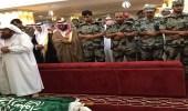 بالصور.. تشييع جنازة الشهيد علي حمدي بحضور لفيف من المسؤولين