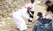 """بالصور.. هايكنج السعودية و """" العامة للسياحة """" يشاركان في تنظيف قرية ذي عين التراثية"""