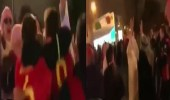بالفيديو.. جماهير ليفربول ترتدي الثوب العربي وتغني