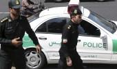 الشرطة الإيرانية تجبر أحوازي على التعري بشكل كامل