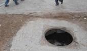 قصة طفل قضى 12 ساعة تحت الأرض إثر سقوطه في بالوعة