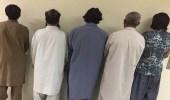 الإطاحة بعصابة آسيوية بعد سرقتهم متجر للاتصالات وتكسيره في بريدة