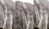 """بالفيديو.. منظر مبهر لشلالات جبل """" منعا """" بعسير"""