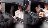 بالفيديو.. لينغارد يصافح طفل بطريقته الخاصة