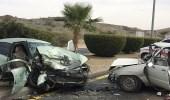 وقوع إصابات إثر اصطدام مركبة بأخرى على طريق مكة – جدة السريع