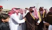 بالصور.. نائب أمير جازان يزور أسر شهداء العارضة