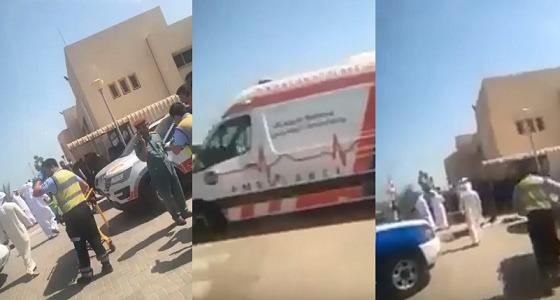 بالفيديو.. إخلاء مدرسة في الإمارات وإصابة 22 طالبة إثر اشتباه حريق