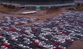 """بالفيديو.. فولكس فاجن تشتري 300 ألف سيارة ديزل لتخزنها في """" مقبرة """""""