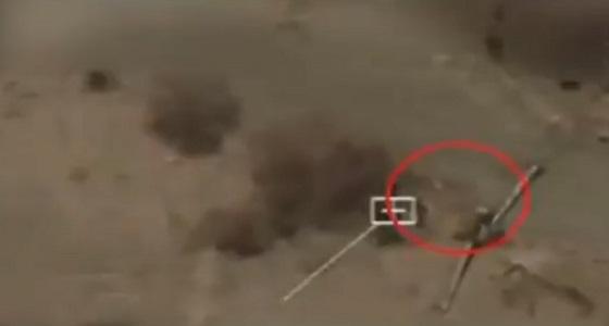 شاهد.. مقاتلات التحالف تستهدف تجمعات الحوثيين قرب الحدود