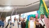 """بالصور.. نائب أمير الرياض يزف 80 عريساً من منسوبي """" حركيّة """""""