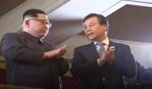 """بالفيديو.. زعيم كوريا الشمالية يحتفي بفناني """" سيئول """""""