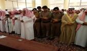 بالصور.. تشييع جثمان الشهيد سالم لمثواه الأخير بمركز حميد العلايا