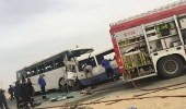 مصرع 14 شخصا في تصادم حافلتين بالكويت