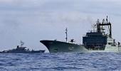 الحكومة اليمنية تُشيد بجهود القوات البحرية للتحالف في صد هجمات الانقلابين
