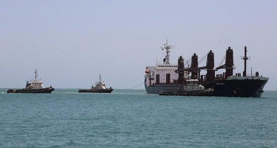 واشنطن: إيران والحوثي يهددان الملاحة العالمية بشكل علني