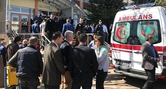 تركيا توقف زوجة موظف تركي قتل 4 من زملائه