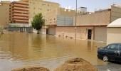 بالصور.. مياه الأمطار تحتجز أكثر من 20 عمارة بالطائف