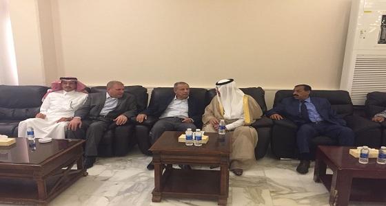 بالصور.. سفير المملكة بالأردن يعزي في وفاة والد النائبان خميس وخليل عطية