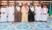 بالصور.. أمير الباحة يتسلم تقريراً مفصلاً عن أنشطة المعهد العلمي