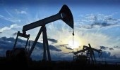النفط يبلغ أعلى مستوى له منذ 3 سنوات