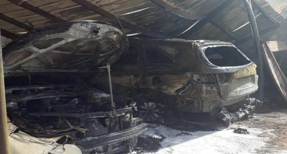 """نيران حريق تلتهم سيارتين بـ """" البجادية """""""