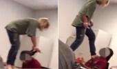 بالفيديو.. معلمة توقظ طالبا من النوم في الفصل بصفعه وركله في صدره