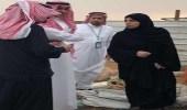 بالصور.. نائبة وزير العمل في جولة تفقدية بعرعر وتوجه بمعالجة أوضاع أسرة فقيرة