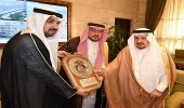أمير الرياض يستقبل أعضاء مؤسسة وقف شباب خير أمة