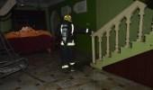 عبث الأطفال يحرق منزل.. ومدني سكاكا يتدخل