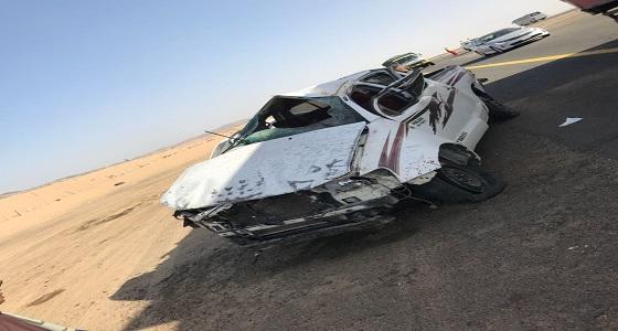 مصرع وإصابة 6 أشخاص من عائلة واحدة معتمرين في حادث إنقلاب