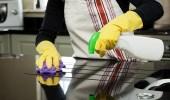 8 أخطاء ترتكبينها عند تنظيف المطبخ