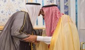 بالصور.. خادم الحرمين الشريفين يتسلم رسالة خطية من أمير الكويت