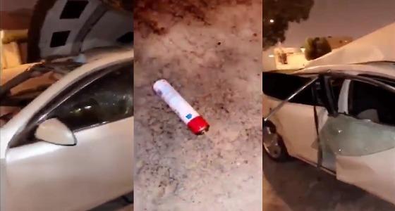 بالفيديو.. البخاخات والولاعات تتسبب في انفجار سيارة ووجود سائقها داخلها