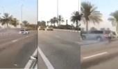 بالفيديو.. التهور والتفحيط يتسببا في دهس شاب ووفاته بالإمارات